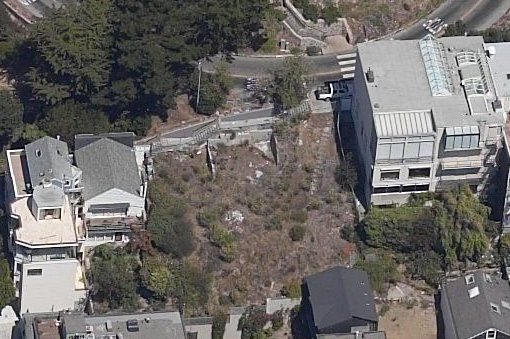 Empty Coit Tower Lot (Image Source: Live Local)