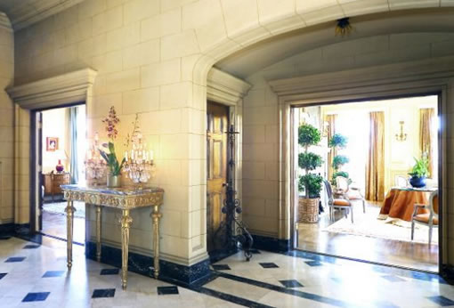 2901 Broadway: Reception Hall