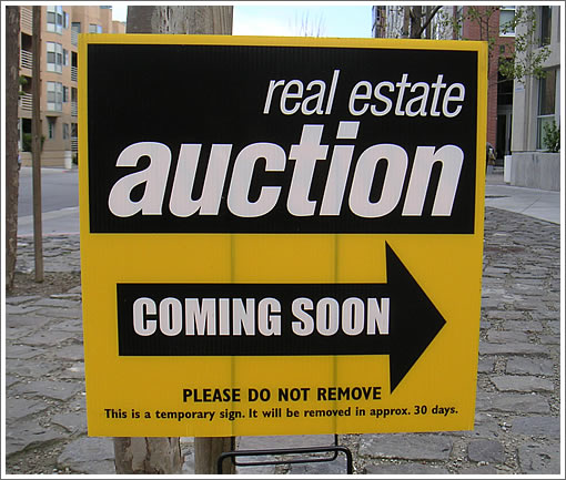 San Francisco Auction Sign