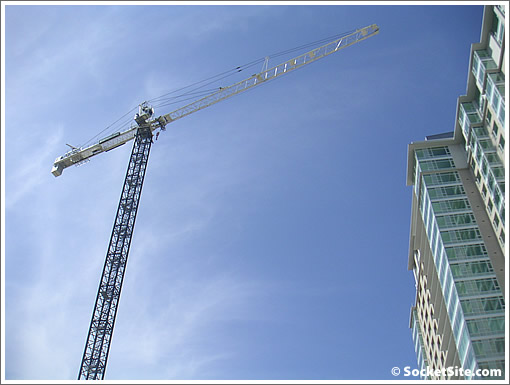 Trinity Plaza: Phase I Tower Crane (www.SocketSite.com)