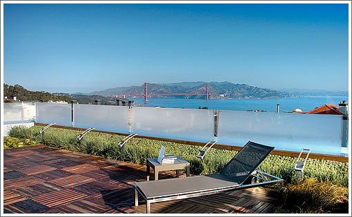 2830 Pacific: Roof Deck
