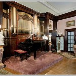 The <strike>Elephant</strike> Organ In The Room At Manse Elegante (3368 Jackson)