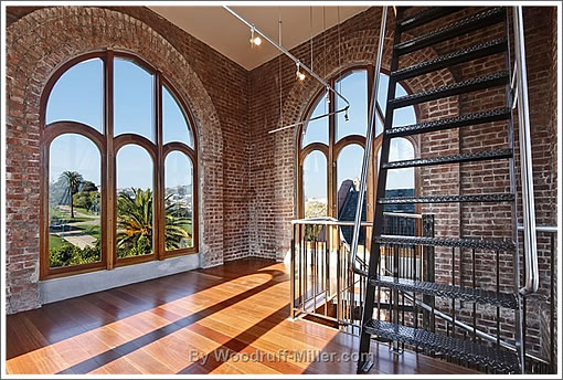 601 Dolores: Tower Windows