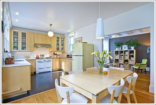 676 San Jose Kitchen
