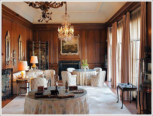 de Guigne Mansion: Dining