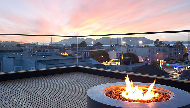 1864 Greenwich Roof Deck