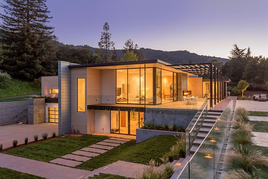 Million Dollar Price Cut for a Modern Silicon Valley Home