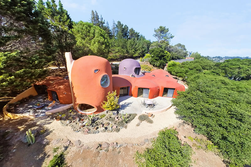 $420K Price Cut for the Iconic Flintstone House