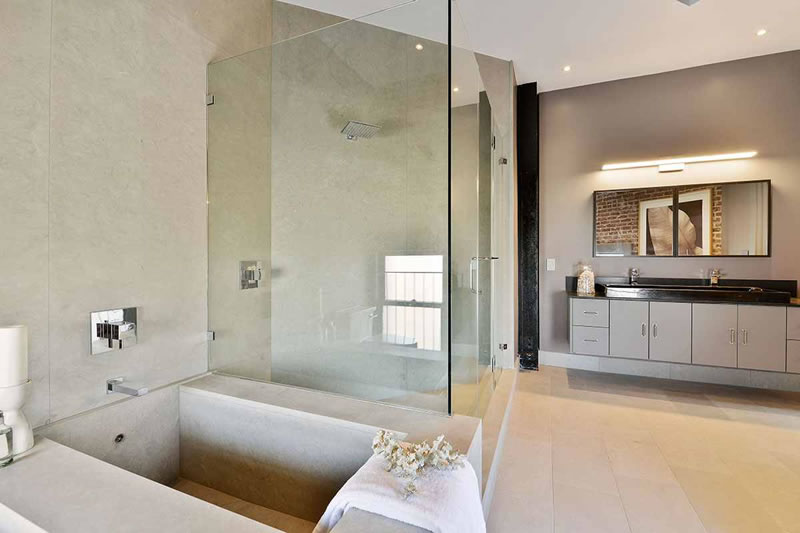 651 Dolores 2016 - Bathroom2