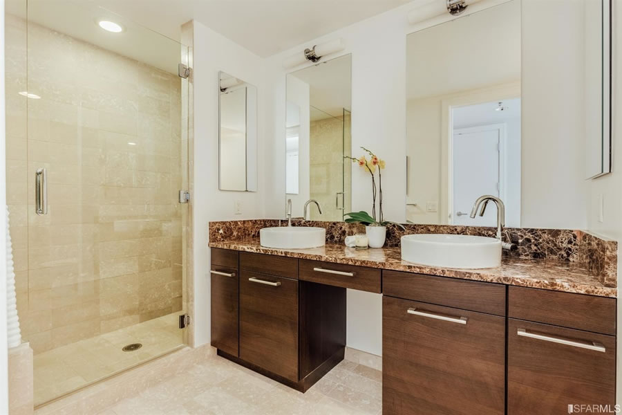 631-folsom-street-2f-bathroom