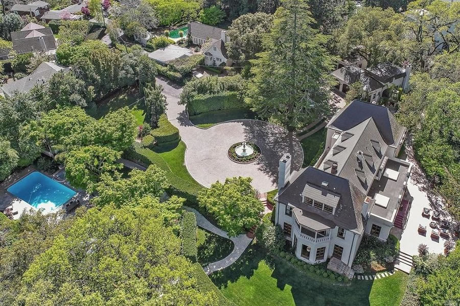 Gated Estate Back on the Market with an $8.85 Million Price Tag