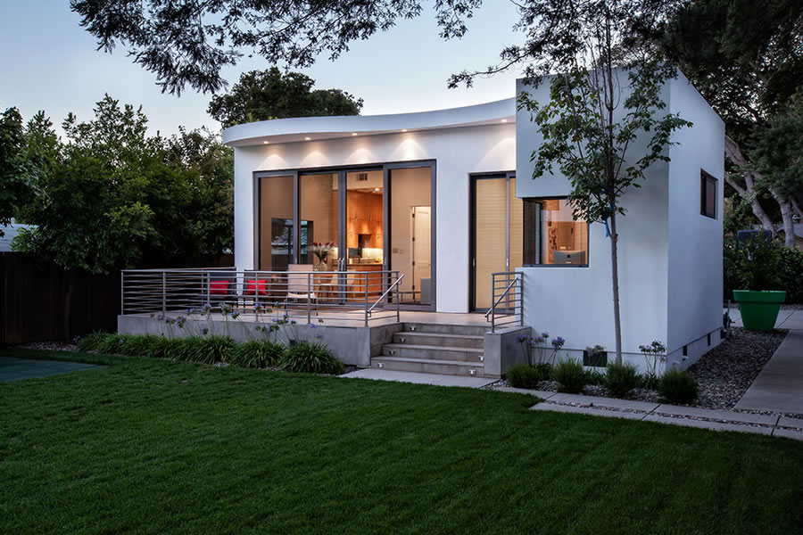 Socketsite palo alto contemporary on the market for 9 for Backyard guest house with bathroom