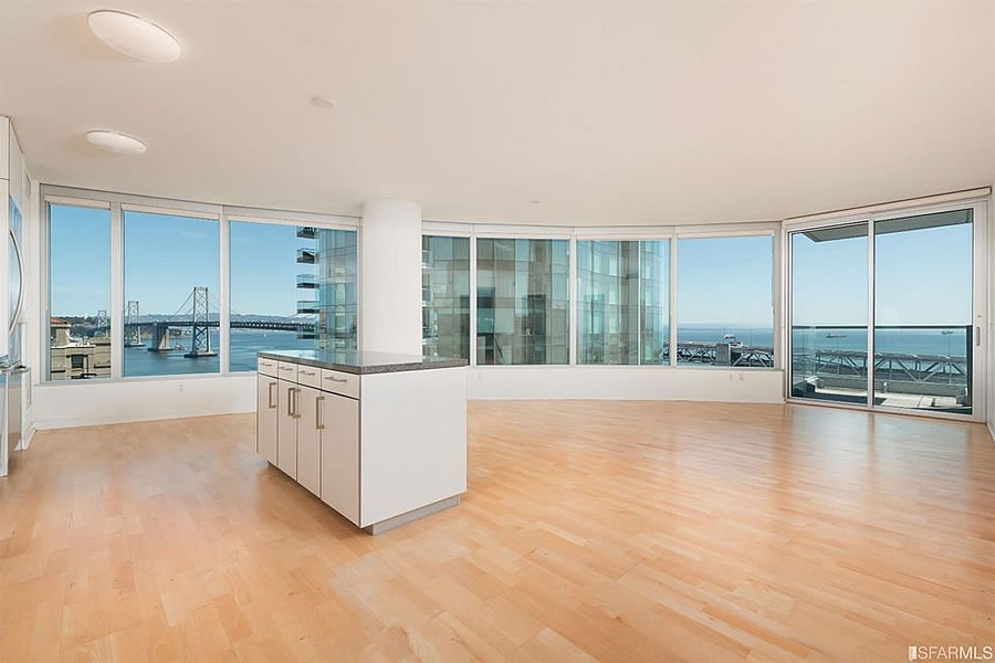 Falling Rents and Returns for a Signature Two-Bedroom with Views