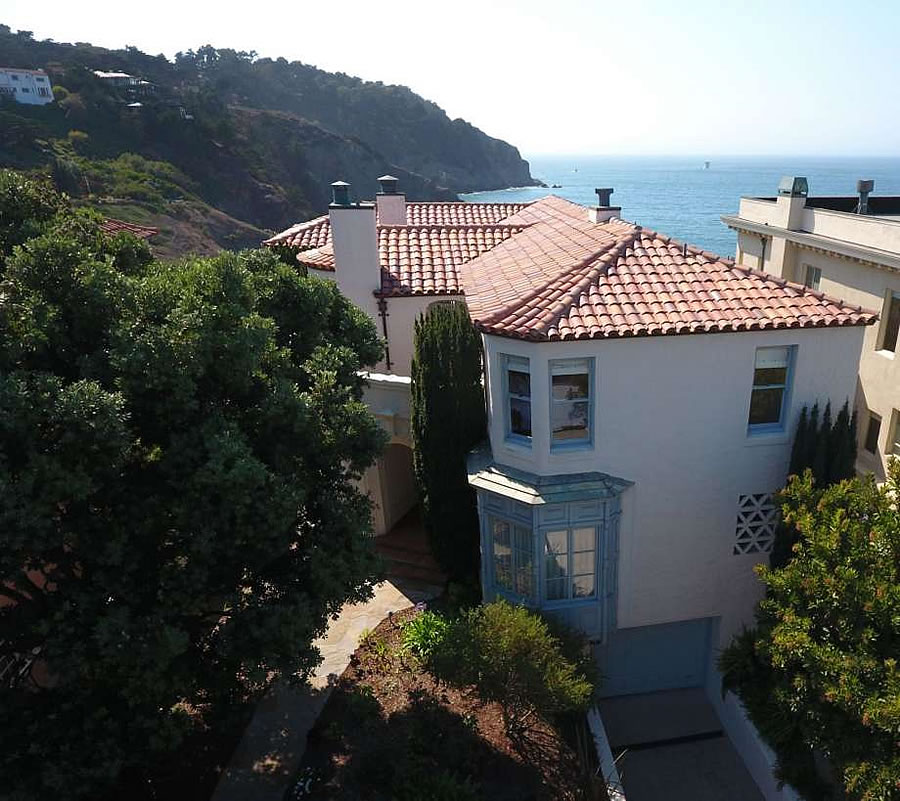 Rock Star's Second Sea Cliff Home Finally Fetches $11.7 Million